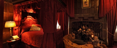 Castle-Feature-Room_960x400