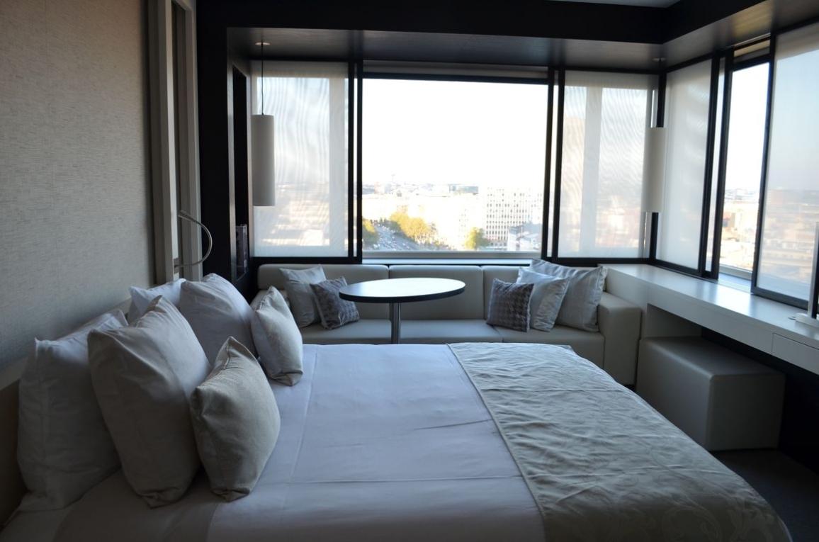 The hotel : visite du nouvel hôtel de luxe de bruxelles
