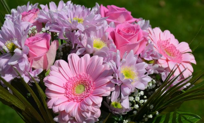 f tons les mamans avec un joli bouquet de fleurs concours. Black Bedroom Furniture Sets. Home Design Ideas
