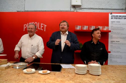 Pierre Wynants, Philippe et Yves Guns, l'artisan-boulanger ayant créé ces pistolets.