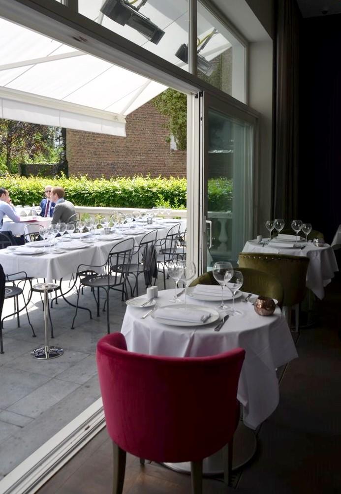 Restaurant brugmann une des plus belles terrasses de for Cuisine ouverte sur terrasse