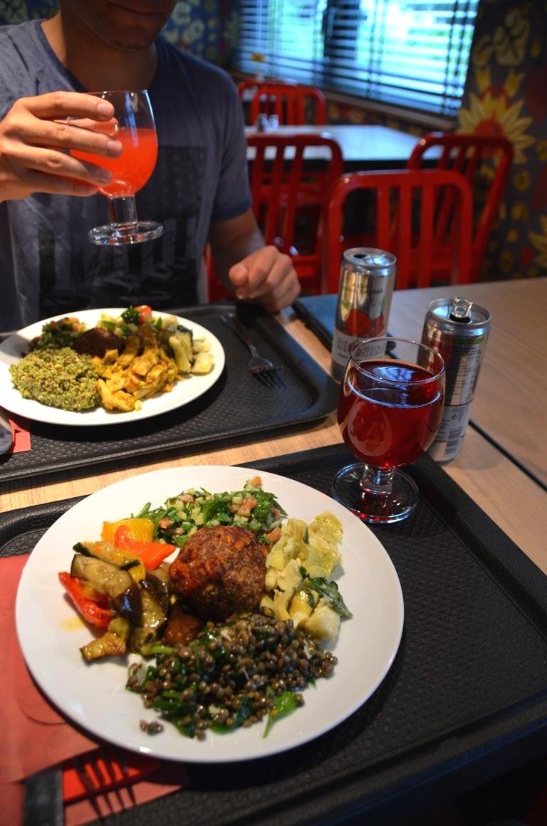 Restaurant Ouvert Pour La Sain