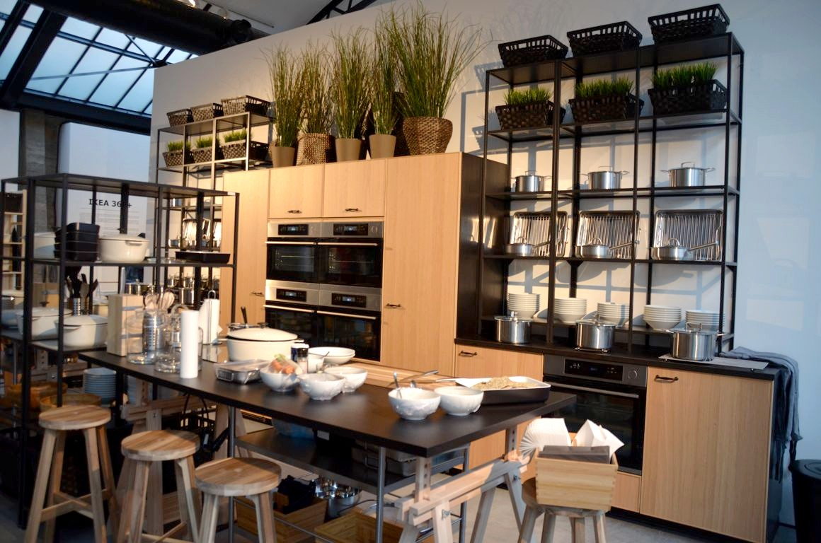 A table avec ikea - Ikea adresse belgique ...
