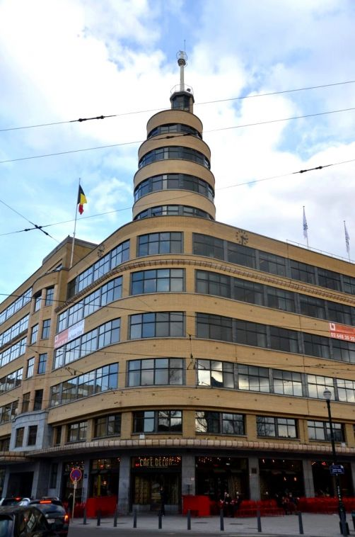 Art Deco 2 - Place Flagey