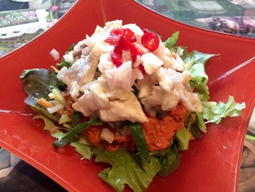 Céviche de sébaste, julienne de jeunes racines, crème de tomates séchées à l'estragon