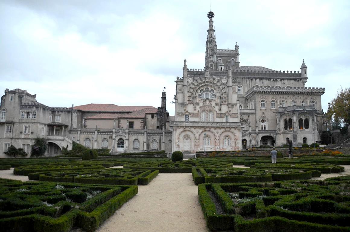 Le palais de bu aco h tel de luxe insolite au portugal for Hotels insolites