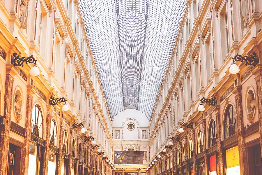 Bruxelles Ma Belle Son Surnom Ne Lui Colle Pas La Peau Pour Rien Elle Est Multiculturelle Changeante Au Fil Des Saisons Active Et Agrable